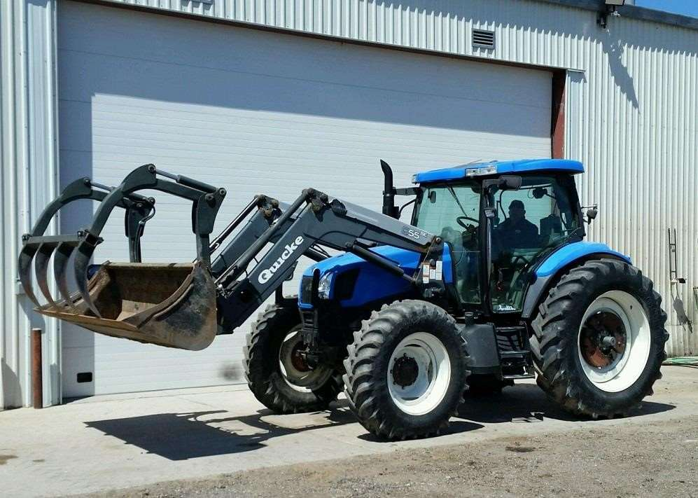 2003 New Holland Ts135a Tractor For Sale  6 263 Hours