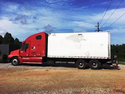 2004 Freightliner Century Class S/T Sleeper Hot Shot Truck 14 0L Detroit  10-Speed Automatic 20' Box Liftgate Runs Great