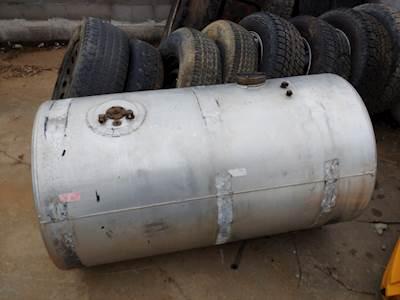 Snyder Fuel Tanks 106 Gallon Diesel Engine Fuel Tank For Sale Rockwood Tn A1219497 Mylittlesalesman Com