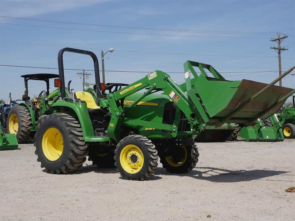 2012 John Deere 3038E Tractor