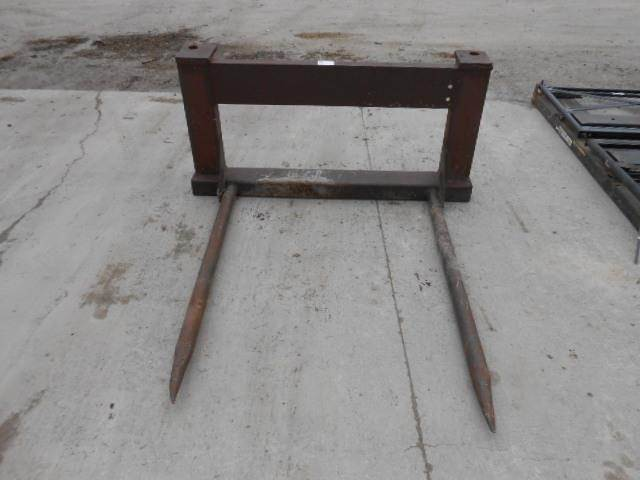 Westendorf Bale Spear For Sale | Bethany, MO | 76946 | MyLittleSalesman com