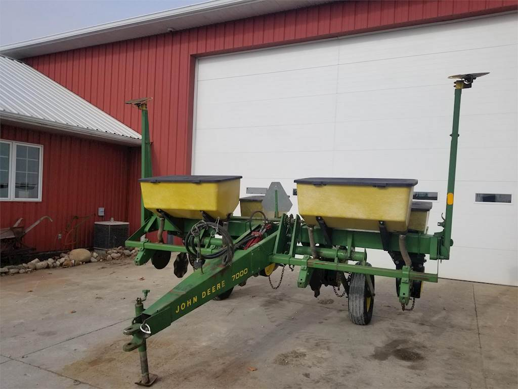 John Deere 7000 Planter Row Unit For Sale Wilkinson In 4347