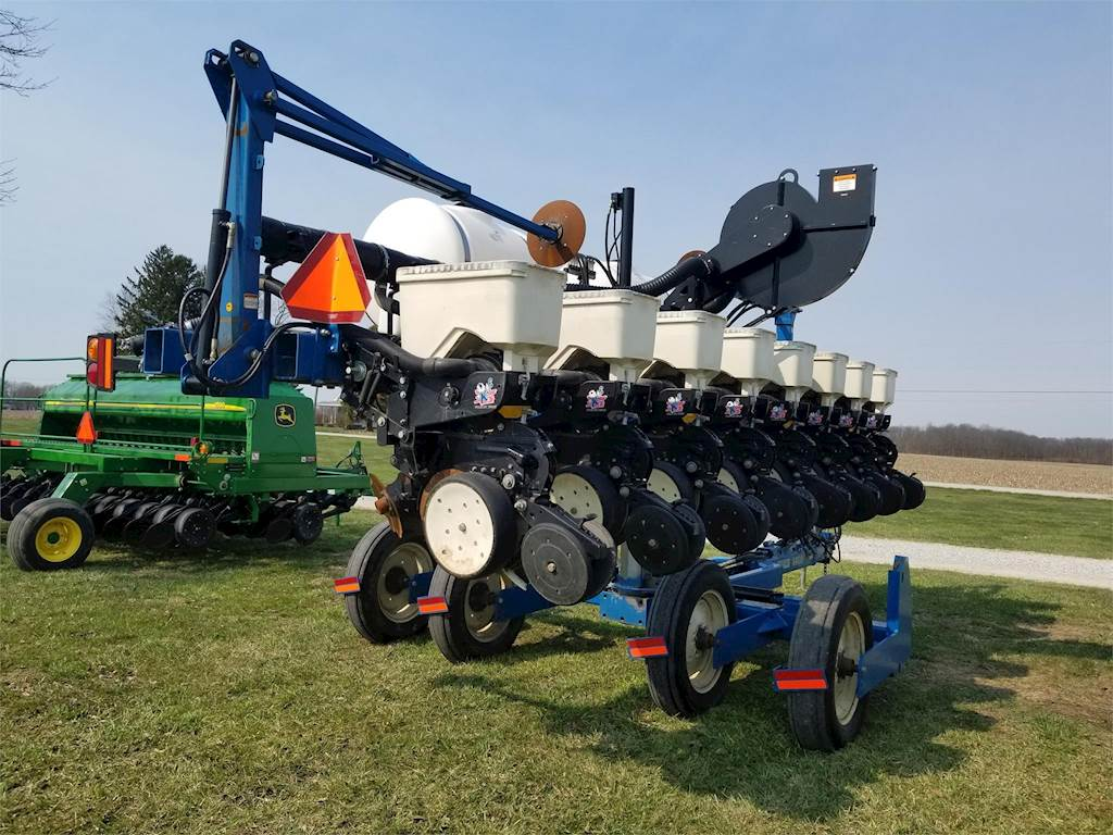 2006 Kinze 3500 Planter / Row Unit