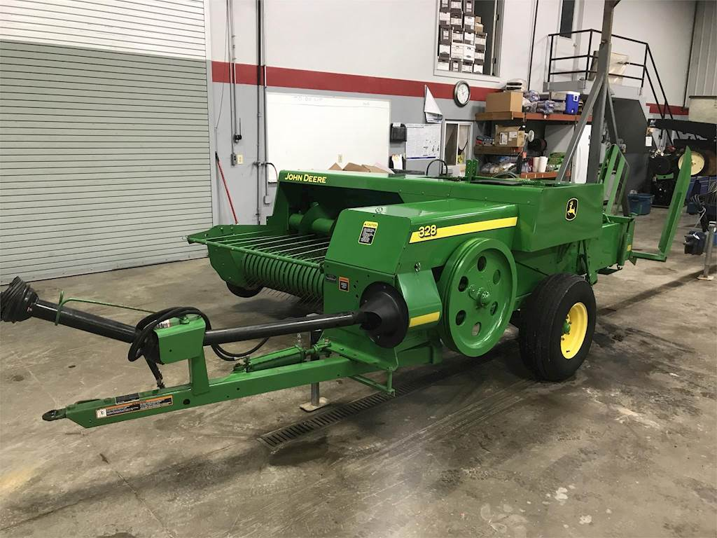2010 John Deere 328 Square Baler For Sale | Wilkinson, IN | 4685 |  MyLittleSalesman com
