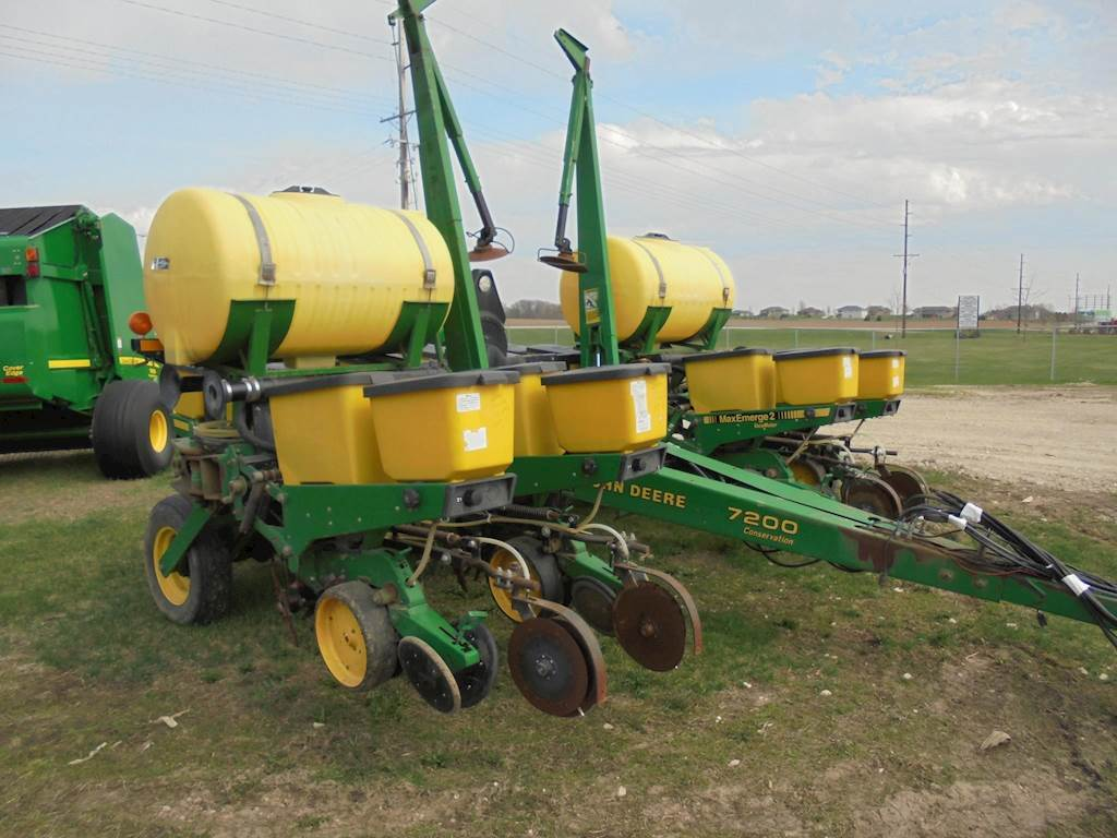 1993 John Deere 7200 Planter Row Unit For Sale Dyersville Ia