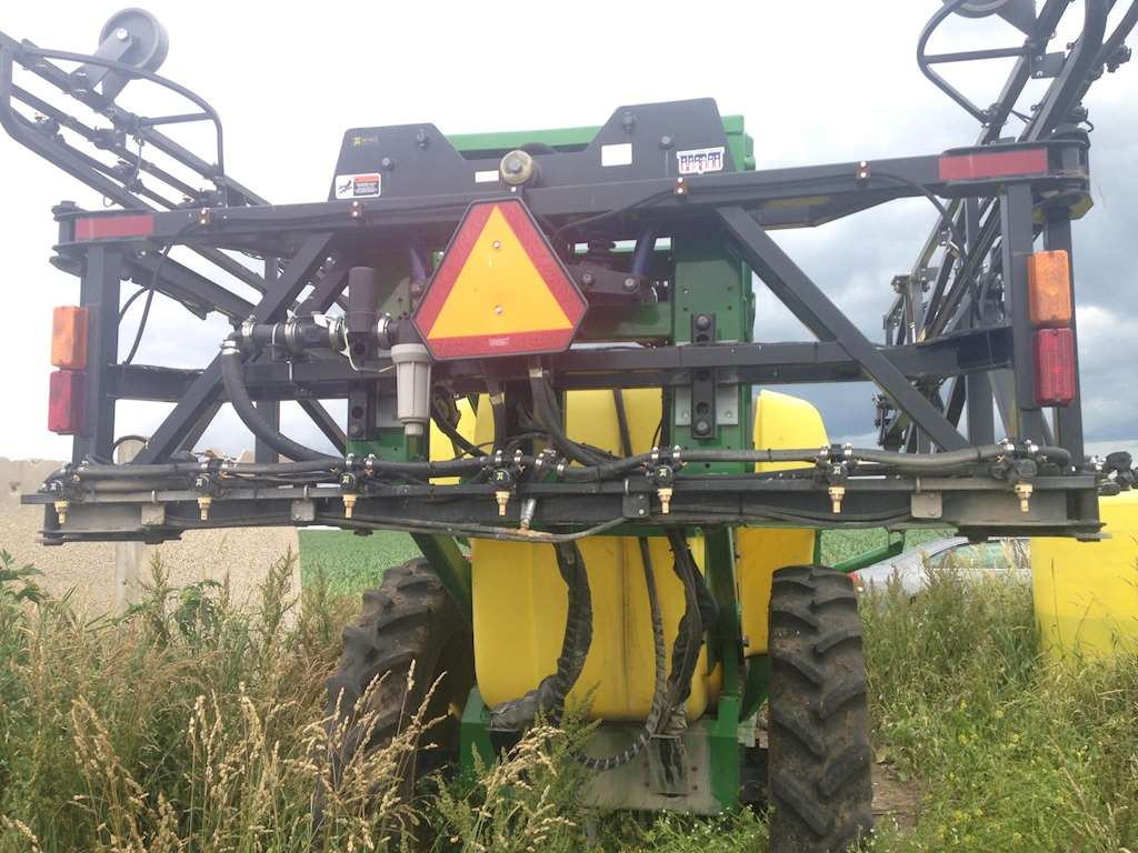 Pull Type Sprayers TOP AIR TA112 9357465 1999 top air ta112 pull type sprayer for sale decorah, ia  at panicattacktreatment.co