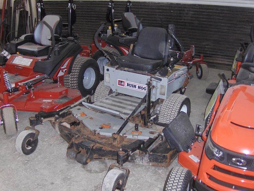 Bush Hog Zt2200 Zero Turn Mower For Sale 973 Hours New