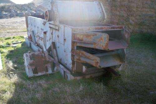 2000 Cedar rapids 48x14 Three Deck Screen