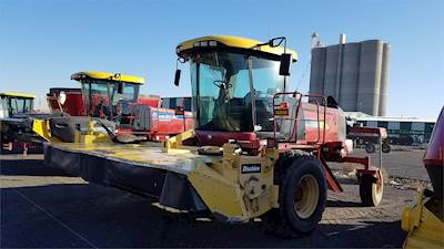 2008 New Holland H8080 Windrower