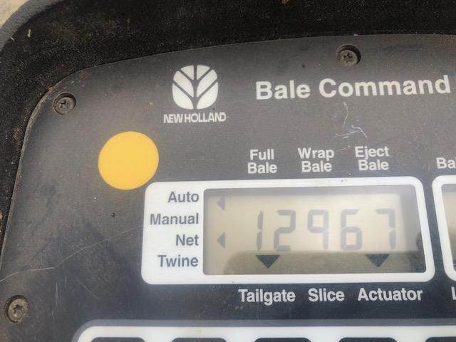 2011 New Holland BR7090 Round Baler