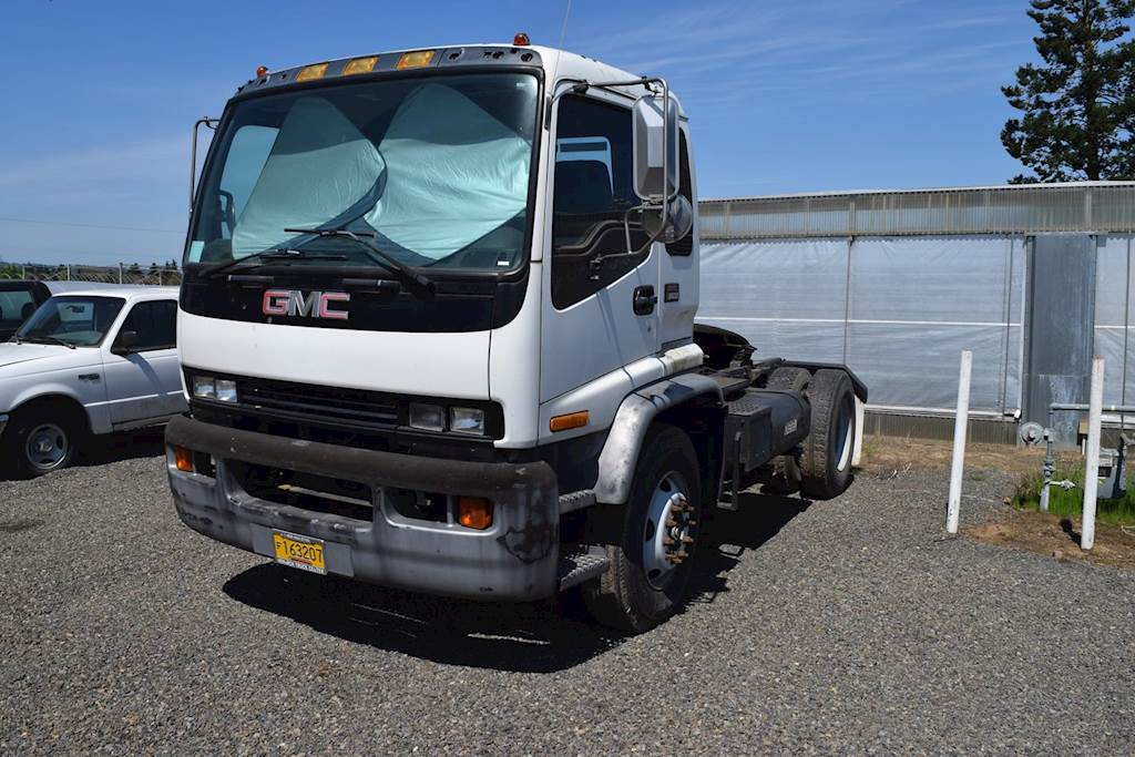 Cabover Trucks For Sale >> 2000 Gmc T8500 Cab Over For Sale 101 808 Miles Aurora Or 9759537 Mylittlesalesman Com