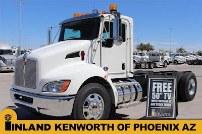 2002 Kenworth T300 Single Axle Cab & Chassis Truck, Caterpillar 3126