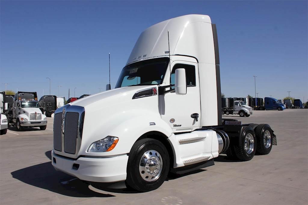 2019 Kenworth T680 Day Cab Truck For Sale | Tolleson, AZ | KJ248728 | MyLittleSalesman.com