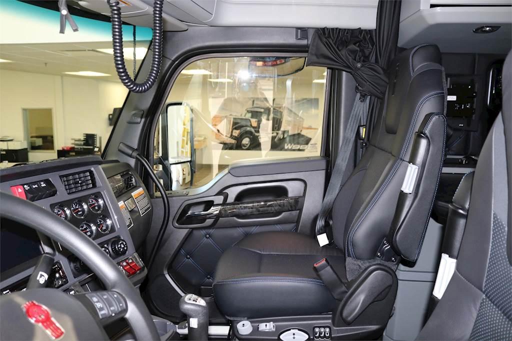 Sleeper-Semi-Trucks-Kenworth-W990-13207690 Where Is The Fuse Box On A Kenworth Truck on