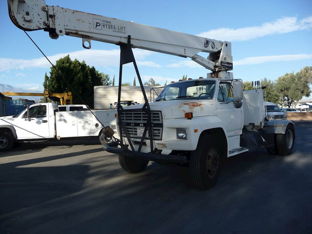 1986 Ford F700 6 Ton Crane Truck CARB OK For Sale, 36,121 Miles | Fontana,  CA | 9316650 | MyLittleSalesman com