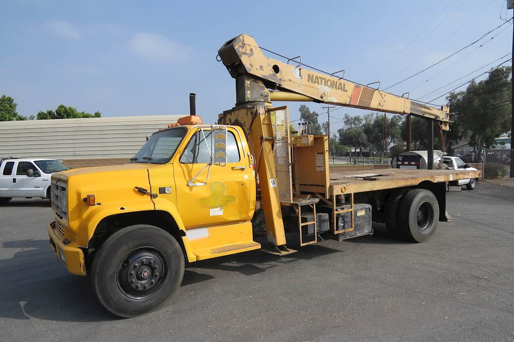 Crane Truck For Sale >> 1987 Gmc 7000 8 Ton Crane Truck For Sale 50 102 Miles Fontana