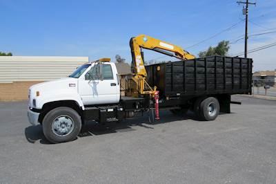 2002 GMC C7500 18 ft  Effer Grapple Dump Truck
