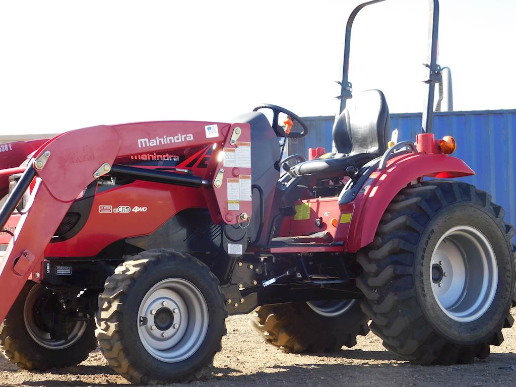 2015 Mahindra WorkPro 1538XL 39HP Tractor - ONLY 28 ORIGINAL HOURS!
