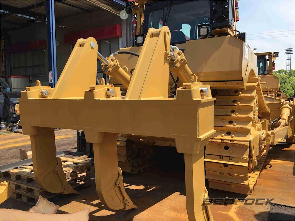 2019 MS Ripper fits CAT D8T Bulldozer For Sale | Irvine, CA