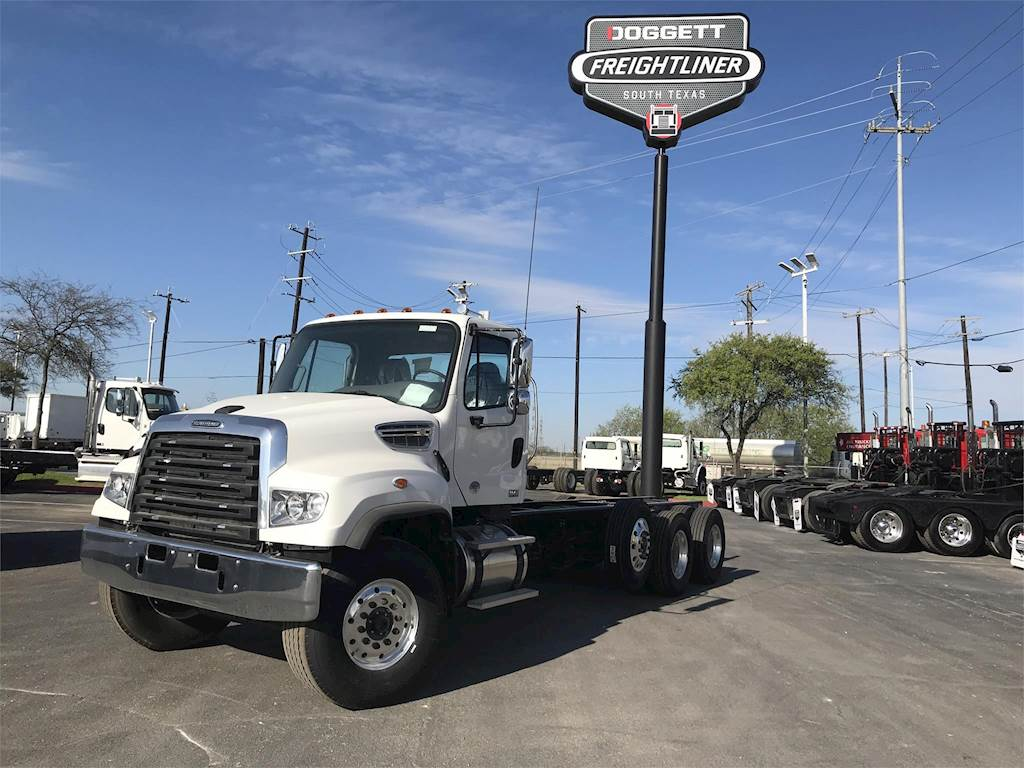 2019 Freightliner 114SD Tandem Axle Cab & Chassis Truck, Cummins L9, 370HP,  Automatic For Sale | Converse, TX | 264353 | MyLittleSalesman com