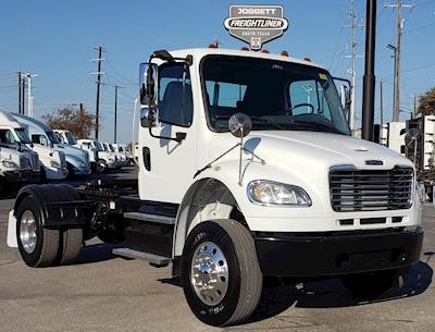 2013 Freightliner M2 106 Single Axle Day Cab Truck - Cummins ISC 10 ,  350HP, Automatic