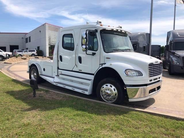 2014 Freightliner M2 106 Single Axle Hauler Truck Cummins ISL 9L 350HP Automatic For Sale 200 Miles Converse TX 9741635