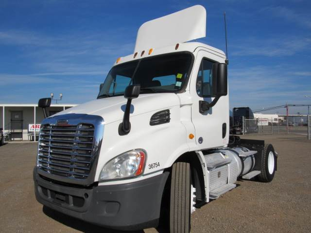 2013 Freightliner Cascadia Day Cab Truck For Sale, 467,741 Miles | Fontana,  CA | 230858 | MyLittleSalesman com