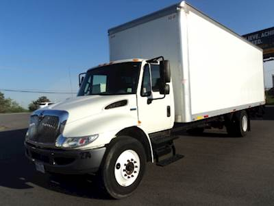 2015 International 4300 Single Axle Box Truck, MF DT466/215, 215HP, 5 Speed  Manual
