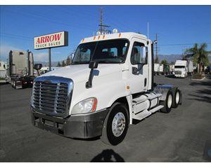 Freightliner Cascadia Freightline Roll-Off Truck