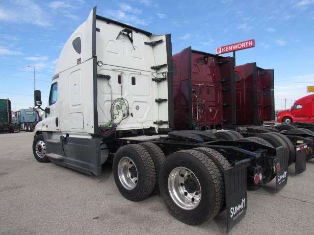 2014 Freightliner Cascadia Evolution Sleeper Semi Truck, Detroit DD15/455,  455HP, 10 Speed Manual