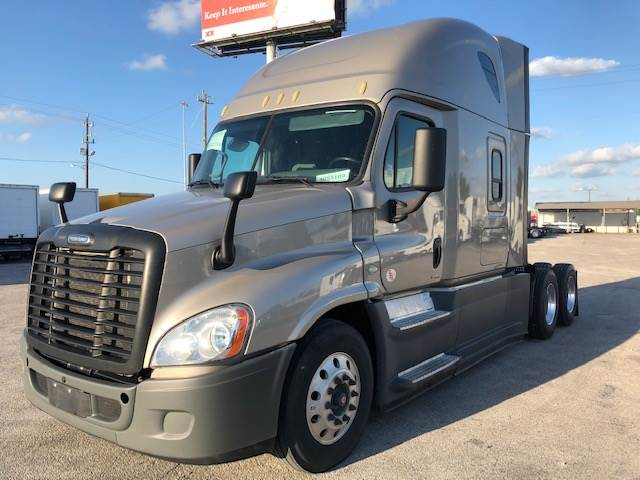 2017 Freightliner Cascadia Evolution Sleeper Semi Truck, Detroit DD15/400,  400HP, 12 Speed Manual For Sale, 269,087 Miles   Dallas, TX   233959  