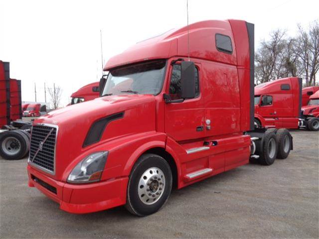 2013 Volvo Vnl670 Sleeper Semi Truck Cummins Isx 405 405hp 10 Speed Manual For Sale 610 235 Miles Dallas Tx 232174 Mylittlesalesman Com