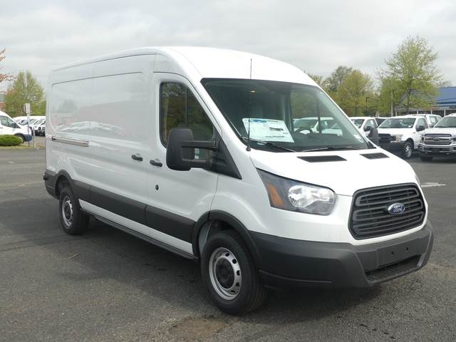 Ford Cargo Van For Sale >> 2019 Ford Transit Van 148 Med Rf Cargo Van For Sale 30 Miles