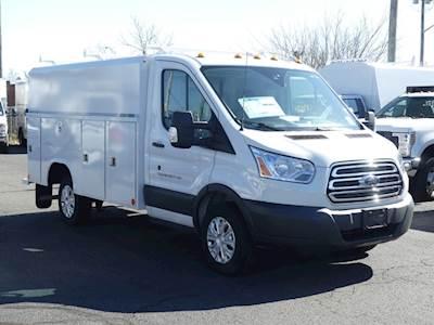 Ford Transit Cutaway >> 2019 Ford Transit Cutaway Commercial Cutaway W 11 Enclosed