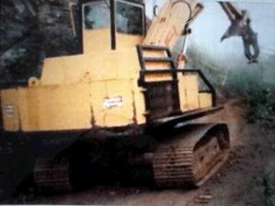1990 Mitsubishi Log Loader PRICED FOR QUICK SALE