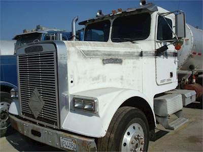 1987 FREIGHTLINER FLC120 Asphalt Truck