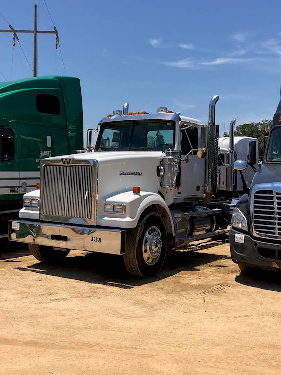 2011 Western Star Detroit 60 Series Day Cab Truck For Sale, 410,000 Miles    Blowing Rock, NC   9798406   MyLittleSalesman com