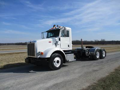 2009 PETERBILT 365 | CAT C13 350 HP | 8LL TRANSMISSION | 66,279 MILES | CAB AND CHASSIS