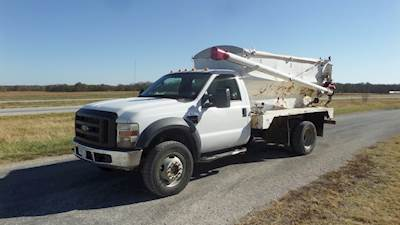 2008 Ford F-550 with Sudenga G-312 Feed Truck Body, Powerstroke, Automatic, 4 wheel drive