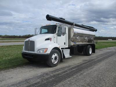 2013 KENWORTH T270 UNDER CDL WITH 15' KT PACER A35XL-15 ALUMINUM BULK FEED BODY