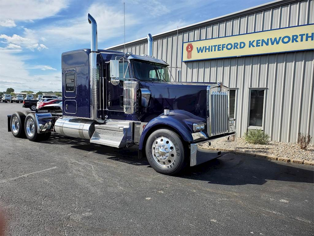 Groovy 2020 Kenworth W900 Sleeper Semi Truck Cummins X15 565Hp Manual For Sale 12 Miles South Bend In 392251 Mylittlesalesman Com Squirreltailoven Fun Painted Chair Ideas Images Squirreltailovenorg