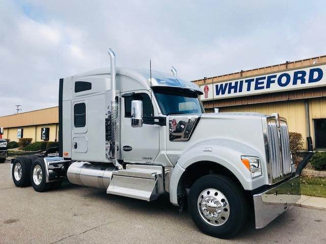 2020 Kenworth W990 Sleeper Semi Truck 76 Mid Roof Sleeper