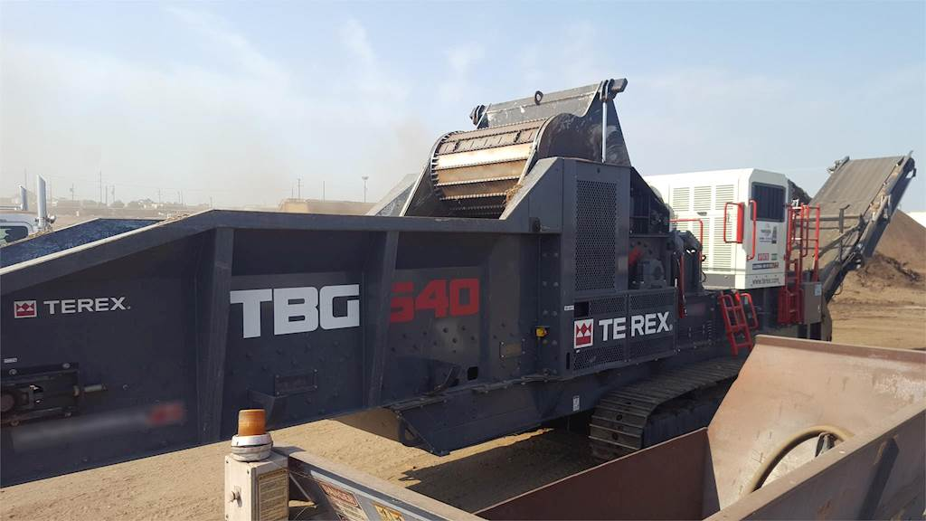 2015 Terex TBG640 Horizontal Grinder