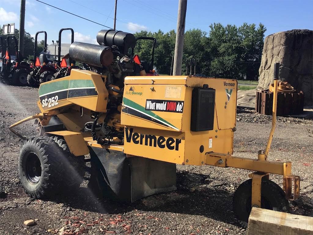 Vermeer Stump Grinder For Sale >> Vermeer Sc252 Stump Grinder For Sale 1 648 Hours New
