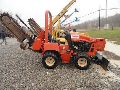 2008 Ditch Witch RT40 Trencher