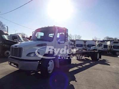 2013 Freightliner M2 106 Single Axle Cab & Chassis Truck, Cummins ISB'10  6 7 220/2300, 220HP, 6 Speed Automatic