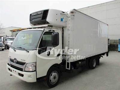 2013 Hino FF195 Single Axle Refrigerated Truck, J05ETP'10 210/2500, 210HP,  6 Speed Automatic