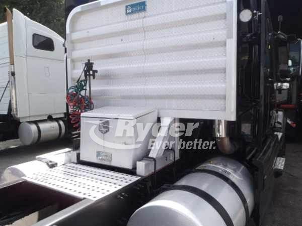 2014 Volvo VNL42T-630 Single Axle Sleeper Semi Truck, D13'13 405/2100,  405HP, 12 Speed Automatic