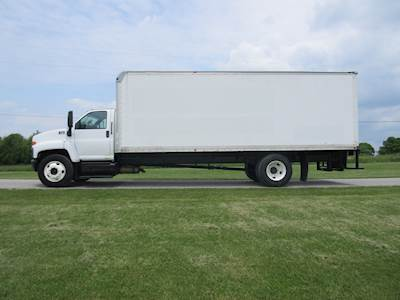 2007 GMC C7500 Box Truck
