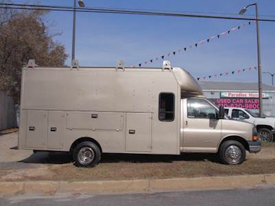 2012 GMC G4500 Extended Cab WITH BACK SEAT Mechanic / Service Truck -  Service Utility Truck Body